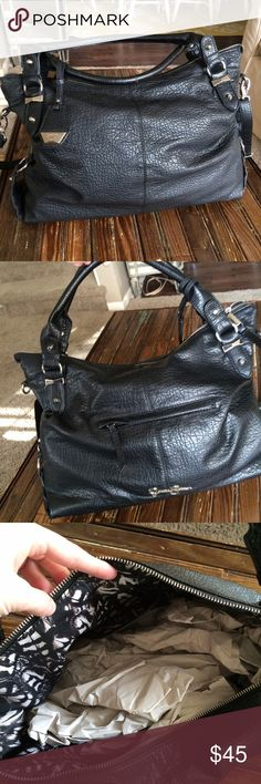 "NWOT Black Jessica Simpson Bag Beautiful faux leather bag with shoulder and cross body strap // never worn NWOT // silver hardware // zip pocket and 2 open pockets on inside // one zip pocket on outside // 12"" tall and 16"" wide // fits a lot of stuff! Jessica Simpson Bags Hobos"