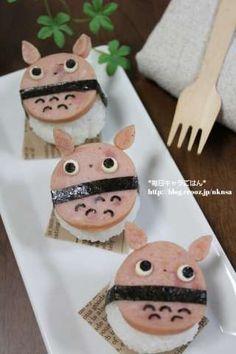 Totoro baby hum sushi