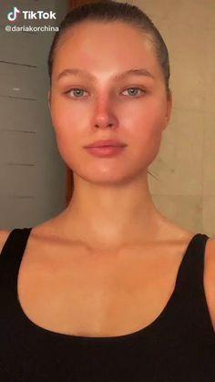 Haut Routine, Beauty Skin, Hair Beauty, Facial Tips, Facial Yoga, Face Exercises, Hair And Makeup Tips, Face Massage, Face Contouring