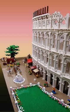 Australia-based architect and certified LEGO builder Ryan McNaught has built the world's first model of Rome's famous Colosseum using LEGO.