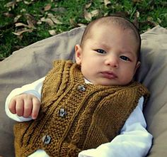 Highbury Vest is a simple unisex vest design for babies and young children. This is a classic easy to wear garment that provides an extra layer at any time of year.