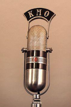 Vintage radio RCA studio microphone