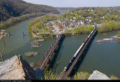 RailPictures.Net Photo: CSXT 825 CSX Transportation (CSXT) GE AC4400CW at Harpers Ferry, West Virginia by John Ireland
