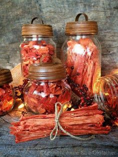 Watermelon Candy - Dried Watermelon  ~Frisky   http://nouveauraw.com/raw-recipies/dried-fruits-and-vegetables/watermelon-candy-dried-watermelon/