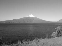 Volcán Osorno desde el lago Llanquihue.