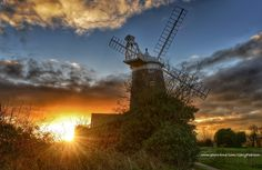 Sunrise - Burnham Overy Staithe mill Wind Mills, Burnham, Christmas Eve, Sunrise, English, Photos, Photography, Windmills, Pictures