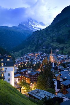 Zermatt, Switzerland.... I will go there ... oh yes I will find u and ski and be happy