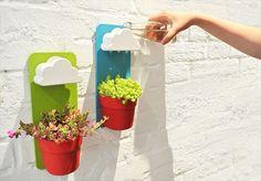 (Via: <雨雲>付の可愛らしい植木鉢に大注目!これで水やりの心配は無用?/エンタメハウス)... - KFighter.com
