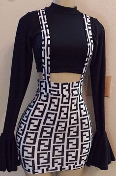 50 Stylish Black And White Outfits Ideas For Women Stylish Black And White Outfits Ideas For Women 4950 Stylish Black And White Outfits Ideas For WomenBlack and white never left the runway or Simple Outfits, Fall Outfits, Casual Outfits, Cute Outfits, Fashion Outfits, Fashion Fashion, Fashion Stores, Outfit Vestido Negro, Suspender Dress