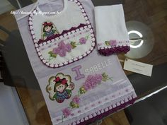 LOY HANDCRAFTS, TOWELS EMBROYDERED WITH SATIN RIBBON ROSES: Conjunto para menina