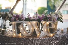 Whimsical & Modern San Diego Children's Museum wedding. So many amazing gold decor ideas! —San Diego Wedding & Engagement Photography  - for more ideas and wedding & engagement photography inspiration, check out my blog! www.britjaye.com/blog #sandiegoweddingphotography #weddingphotography #weddingphotos #weddingphotographer