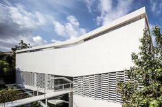 J House by Pitsou Kedem Architects (3)