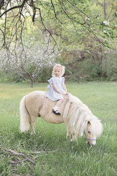 little girl on pony, pony ride, vintage children's photos, children's portraits with animals @meageubelle