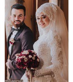 Ideas for wedding couple muslim bride groom Hijabi Wedding, Muslimah Wedding Dress, Muslim Wedding Dresses, Muslim Brides, Muslim Couples, Wedding Outfits, Bridal Hijab, Bridal Gowns, Wedding Couples