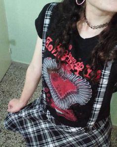 Mondays are made for MCR // My Chemical Romance Bullet Heart Girls T-Shirt & Tripp Black & White Plaid Suspender Skirt