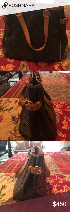 Louis Vuitton purse Small bucket bag in great condition Louis Vuitton Bags Satchels