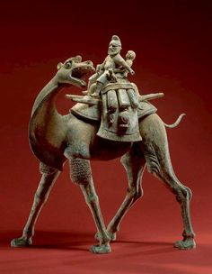 Tan'g China - Tang Dynasty late century - Funeral figure - Bactrian Camel, Riders, and Dogs Terracota, Ancient Aliens, Ancient History, Ancient Egypt, Asian History, Art History, Bactrian Camel, Camelus, China Art