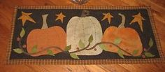 "christmas wool applique patterns | ... about PRIMITIVE PENNY RUG - WOOL APPLIQUE PATTERN ~ ""3 PUMPKINS"