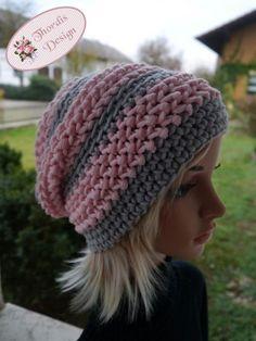 Freezy – Häkelanleitung für eine warme Winter Beanie Mütze – New Ideas Crochet Gloves Pattern, Knitting Patterns, Crochet Patterns, Crochet Beanie, Crochet Hats, Crochet Diy, Patterned Socks, Knitting For Beginners, Beanie Hats