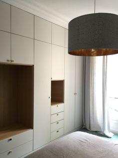 Custom bedroom closet with oak veneer niches. Kids Bedroom Designs, Bedroom Closet Design, Bedroom Wardrobe, Wardrobe Closet, Bedroom Storage, Bedroom Decor, Placard Design, Closet Renovation, Dressing Room Design