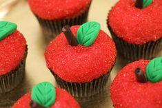 Rosanna Pansino makes Descendants Apple Cupcakes on Nerdy Nummies Apple Birthday, Cousin Birthday, Birthday Cake, Decendants Cake, Les Descendants, Pumpkin Patch Party, Disney Cupcakes, Apple Cupcakes, Pastries
