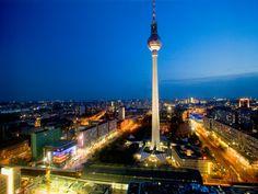 La tour de télévision de Berlin, en Allemagne.