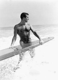 John Payne, Hollywood Heartthob of the Hollywood Men, Vintage Hollywood, Hollywood Stars, Classic Hollywood, Hollywood Knights, Hollywood Wedding, John Payne Actor, Beach Foto, Beach Fashion Photography