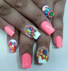 Love the flowers but not the plain coral color. Nail Polish Art, Toe Nail Art, Toe Nails, Fancy Nails, Pretty Nails, Crazy Nails, Gold Gel Nails, Acrylic Nails, Summer Nails 2018