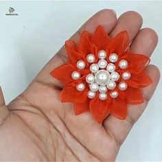 Hand embroidery ribbon flower making idea – Do It Yourself Ribbon Embroidery Tutorial, Ribbon Flower Tutorial, Silk Ribbon Embroidery, Hand Embroidery Videos, Hand Embroidery Flowers, Hand Embroidery Designs, Paper Flowers Craft, Flower Crafts, Fabric Flowers