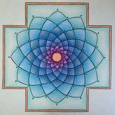 Mandala com lápis de cor