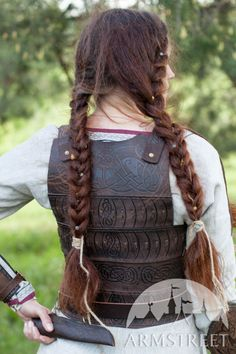"""Women's Leather Corset Armor """"Shieldmaiden"""" :: by medieval store ArmStreet"""
