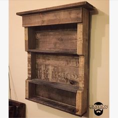 "288 Likes, 9 Comments - Graysonwooddesign (@graysonwooddesign) on Instagram: ""#tbt to a little reclaimed pallet wood action. #throwbackthursday #reclaimedpalletwood…"""