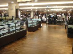 Finger joint wood flooring-Walnut.   Location: FE21' department store 3F , Taiwan   Species: PMS1819-LW