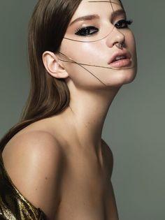 Beauty Editorial Makeup by Rae Morris. shot by Henryk lobaczewski