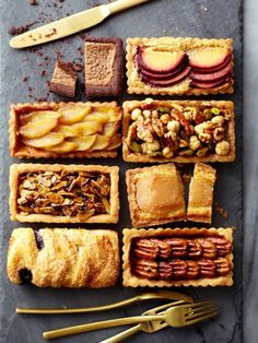 via Tatte Fine Cookies & Cakes - Petite Tarts Yummy! Tart Recipes, Fruit Recipes, Sweet Recipes, Dessert Recipes, Beaux Desserts, Just Desserts, Fall Desserts, Sweet Tarts, Eat Dessert First