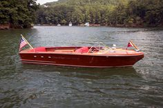 Bid for the chance to own a 1956 Chris-Craft Continental at auction with Bring a Trailer, the home of the best vintage and classic cars online. Old Boats, Small Boats, Speed Boats, Power Boats, Chris Craft Boats, Runabout Boat, Classic Wooden Boats, Vintage Boats, Aluminum Boat