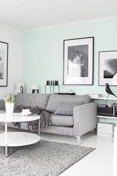 wandfarbe minzgrün wohnzimmer sofa grau