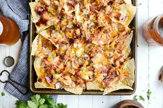 Sheet Pan BBQ Chicken Nachos are unbelievably delicious! Chips topped shredded chicken, cheddar and Monterrey Jack cheese, red onion and bacon! Bbq Chicken Nachos, Chicken Pizza Recipes, Beef Recipes, Skillet Chicken, Shredded Chicken, Appetizer Recipes, Appetizers, Sheet Pan, Easy Meals