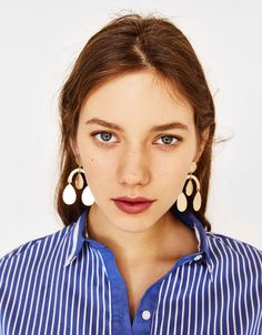 Teardrop earrings. Discover this and many more items in Bershka with new products every week