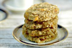 <p>These banana cookies only call for 5 ingredients and about 5 minutes active time. And the hardest step of the preparation is not eating all the dough before popping the cookie sheet in the oven.</p>