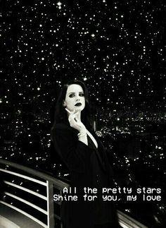Lana del Rey lyrics pretty when you cry