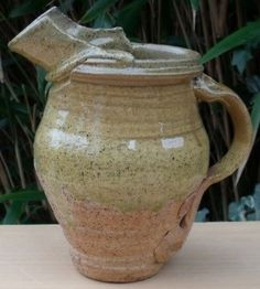 Peter Smith jug from the early 1980s with seal marks. Height: 19.3 cm (7.6 inches). Price: £135