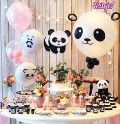 Panda party Panda Party, Panda Themed Party, Panda Birthday Party, Baby Birthday, Birthday Parties, Birthday Ideas, Panda Baby Showers, Panda Decorations, Birthday Party Decorations