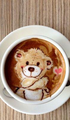 Cappuccino - Latte bear art by Japanese latte artist Mattsun Coffee Latte Art, I Love Coffee, Coffee Cafe, Coffee Break, Coffee Drinks, Coffee Shop, Cappuccino Art, Sweet Coffee, Brown Coffee