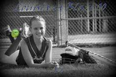 Love the ball in the feet Softball Team Pictures, Volleyball Photos, Baseball Pictures, Senior Pictures Boys, Cheer Pictures, Sports Pictures, Senior Pics, Cheer Pics, Senior Year