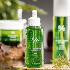 Dr.Ceuracle has accumulated the various clinical tests and data and applied them to professional products. On the basis of the dermatological tests and studies of the skin research lab of Dr.Ceuracle, gives customers the suitable advice for various skin concerns.  If you have acne-prone skin or oily skin type, you should already be a fan of tea tree. Tea tree packs tons of anti-inflammatory, antiviral and antimicrobial properties that calm redness swelling and inflammation. Acne Prone Skin, Oily Skin, K Beauty Routine, Even Out Skin Tone, Korean Skincare, Natural Healing, Tea Tree, Alcohol, How To Apply