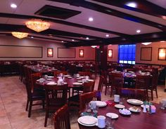 Local Diners Offer Sunny Side Up Spots for Group Meetings | Spring 2015