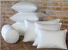 How to dry my pillow? is among the most common questions since drying pillows can be tricky. We will provide you with some tips and tricks. Teal Throw Pillows, Old Pillows, Accent Pillows, Bed Sheet Sets, Bed Sheets, Coffee Room, Pillows Online, Long Pillow, Home Decor Shops