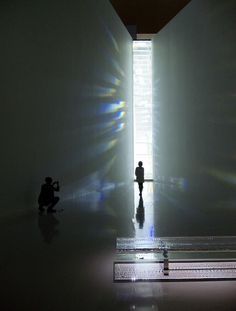 Exactly this thing is cry about beautiful art. Tokujin Yoshioka