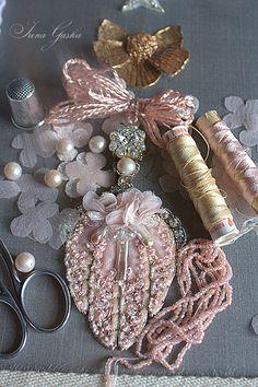 """Процесс создания коллекции """"CHAMPAGNE/CHERCHER LA FEMME"""" в картинках. Готовые работы можно посмотреть в разделе Коллекции/2015. Море вдохновения Вам! :) I.G. Tambour Beading, Tambour Embroidery, Ribbon Embroidery, Embroidery Stitches, Textile Jewelry, Fabric Jewelry, Hand Embroidery Designs, Embroidery Patterns, Fabric Flower Headbands"""